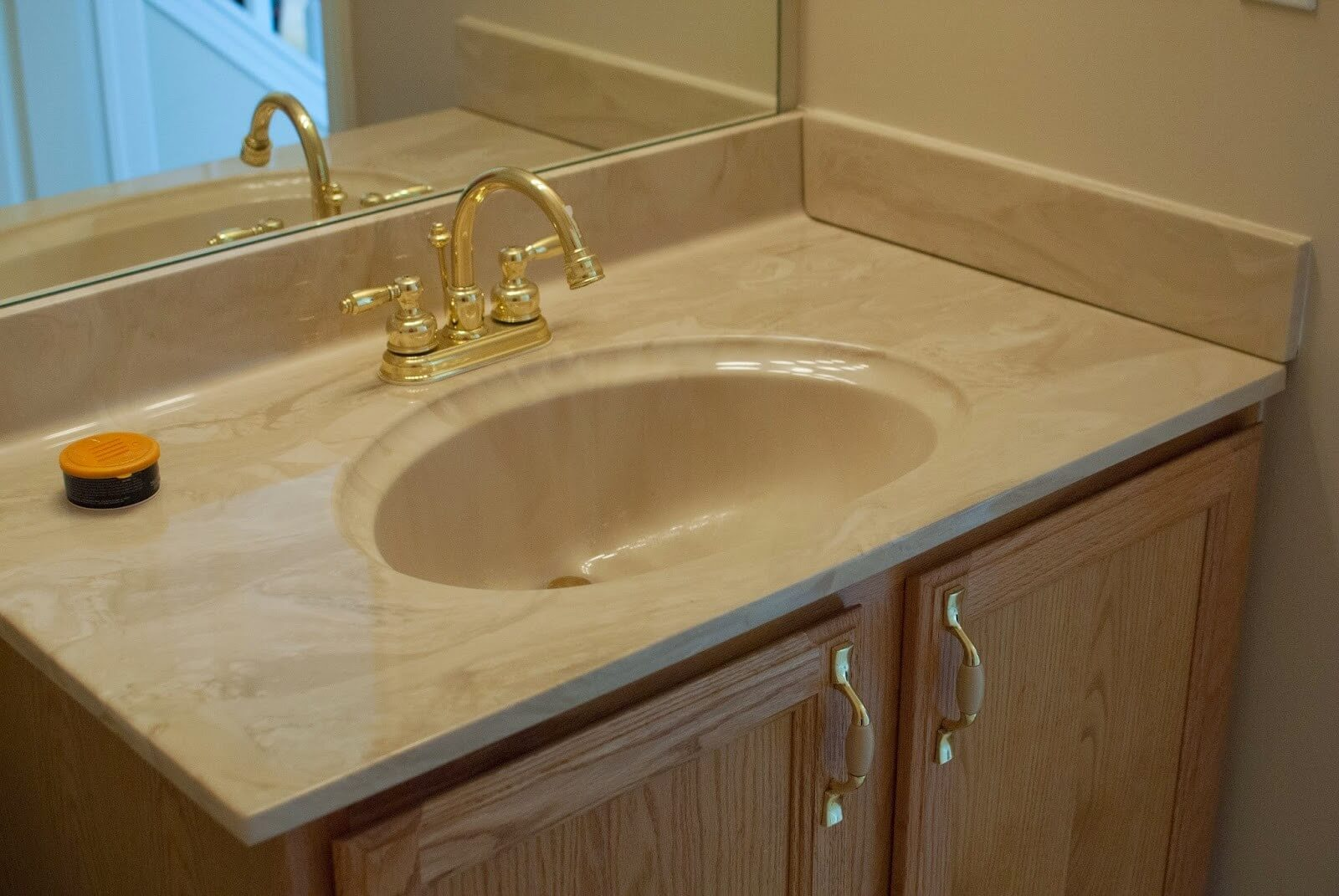 Vanity Top and Sinks Recoating-San Diego Bathtub Reglazing & Tub Resurfacing Pros